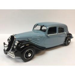 CITROËN Traction 22 bleue (1934)