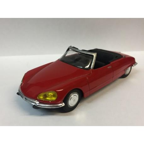 CITROËN DS 21 Cabriolet (1967)