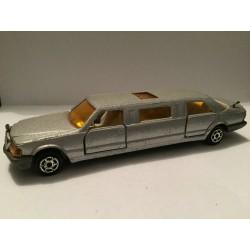 MERCEDES-BENZ Limousine N°326