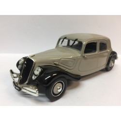 CITROËN Traction 22 (1934)