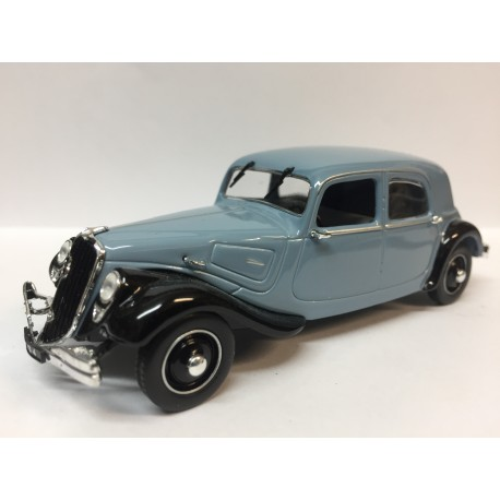 CITROËN Traction 22 bleue (1934)
