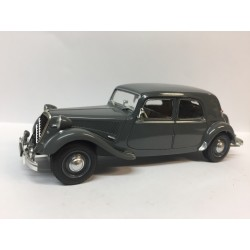 CITROËN Traction 15/6 Grise