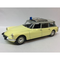 CITROËN DS 19 Ambulance (1963)